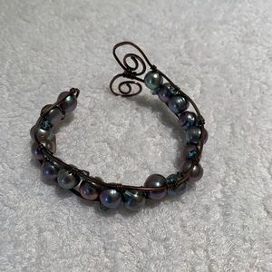 Jewelry - Black pearl and copper wiring adjustable bracelet